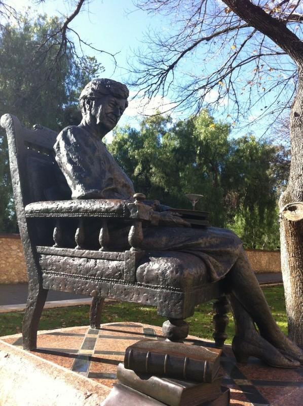 Dame Roma Mitchell Statue Adelaidia