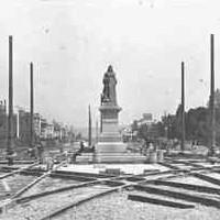 Image: Queen Victoria statue, Adelaide