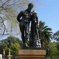 Image: Bronze statue of unclothed man