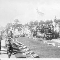 Image: soldiers conducting a funeral service