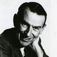 Image: Portrait photograph of Ian Mudie