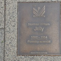 Image: Norman William Jolly Plaque