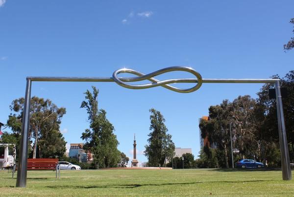 steel sculpture Knot