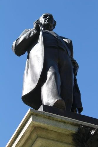 Bronze statue of Sir Thomas Elder by Alfred Drury, 1903 outside Elder Hall, University of Adelaide