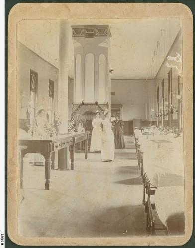 Image: Inside Adelaide Hospital in 1890