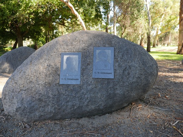 Image: bronze plaques set in granite boulders