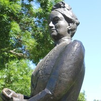 Bronze sculpture, Catherine Helen Spence by Ieva Porcius, 1986