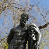 Image: Bronze statue of a mans upper body